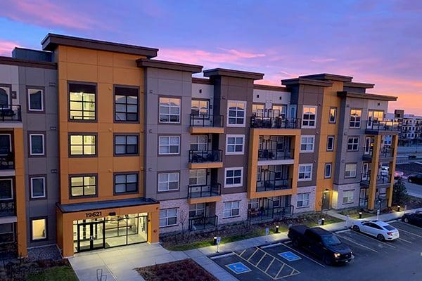 Seton Designer Apartments Exterior Sunrise 600x400
